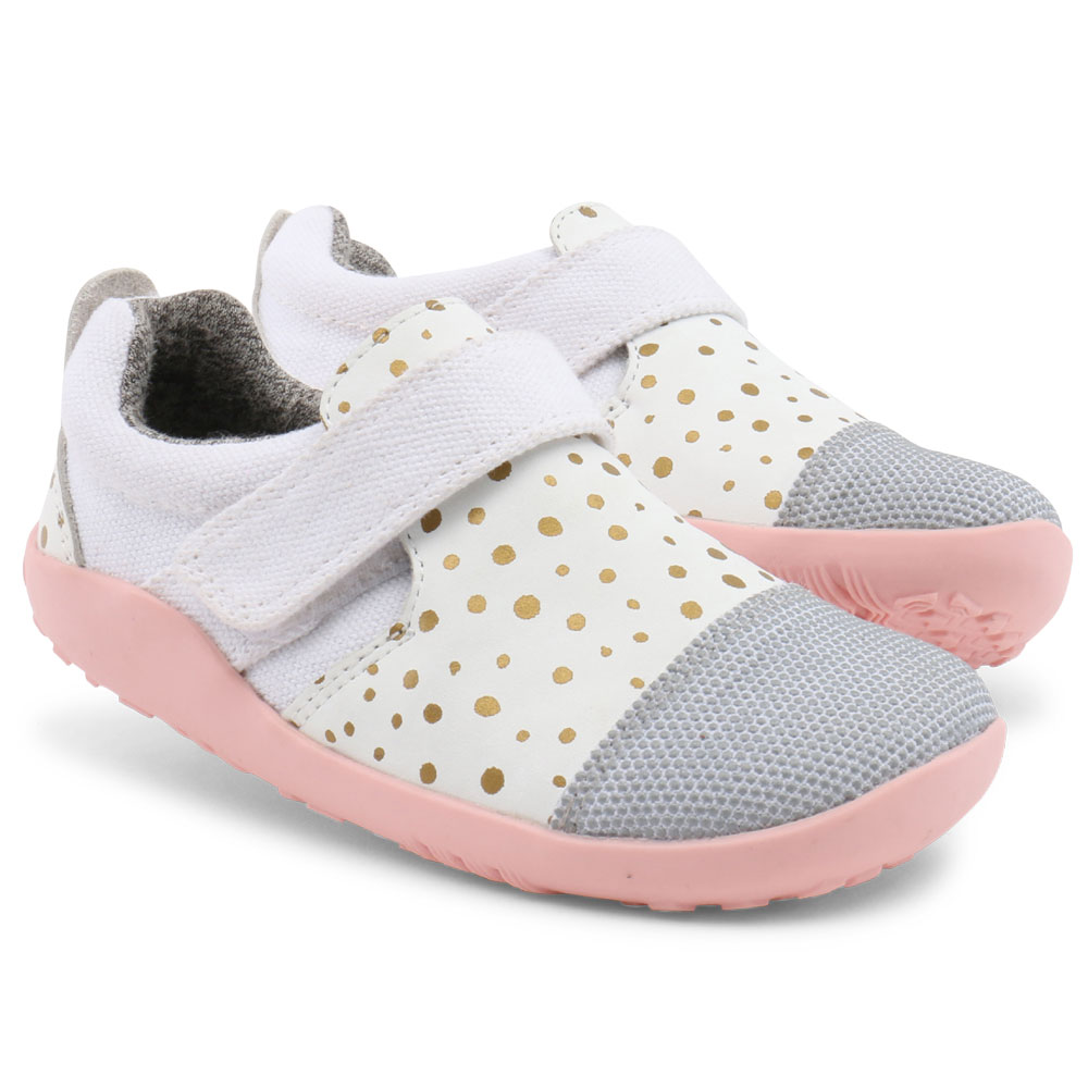 Bobux i-Walk #630411<br><span style='color: rgb(230, 0, 0);'>** SPECIAL OFFER **<br>Ships by end Feb - order and pay now at 15% less than RRP!</span>